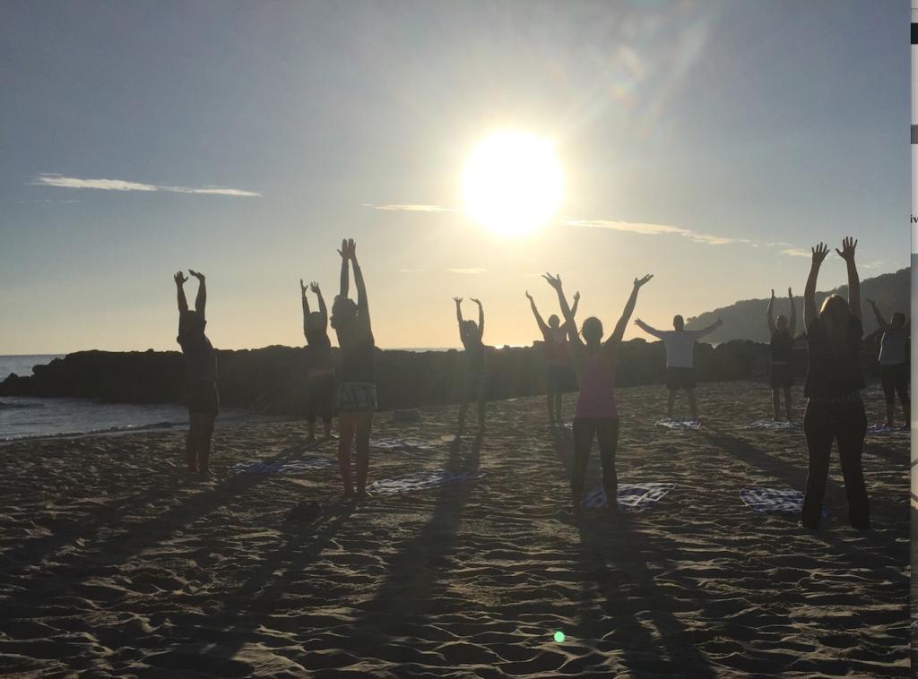 corporate group yoga noosa main beach